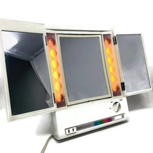 Clairol True To Light Lighted Magnifying Mirror